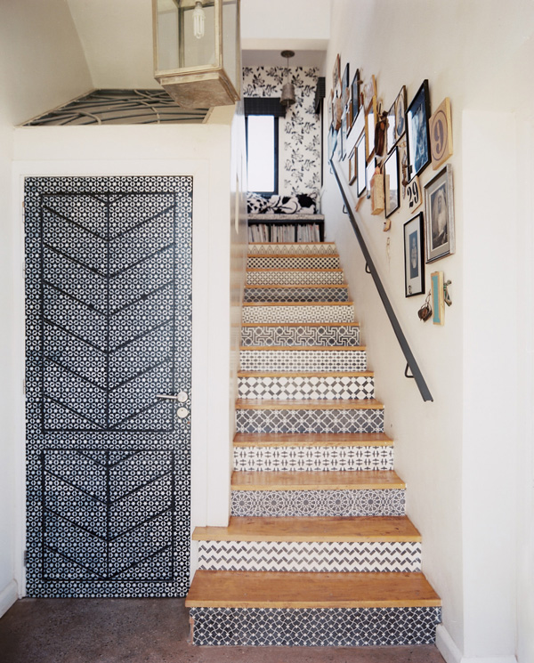 Wallpaper x Stairs