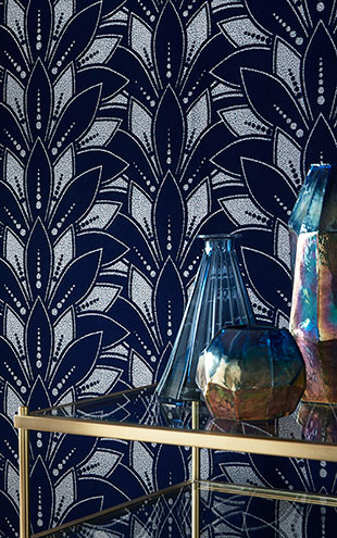 1838 Wallcoverings / ELODIE / Astoria Midnight 1907-139-01
