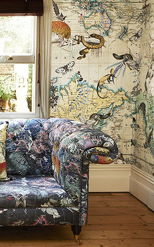 KRISTJANA S WILLIAMS STUDIO / World Map Animal Light Wallpaper WAP0024【3パネル1セット】