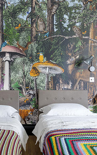 KRISTJANA S WILLIAMS STUDIO / The Black Forest Wallpaper Mural WAP0034【4パネル1セット】