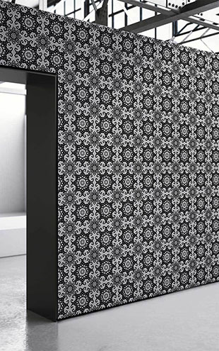 mineheart / Black Geometric Damask Wallpaper
