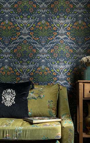 Mind the Gap / LSC / TRANSYLVANIAN MANOR WALLPAPER COLLECTION / FLORAL ORNAMENT WP20453