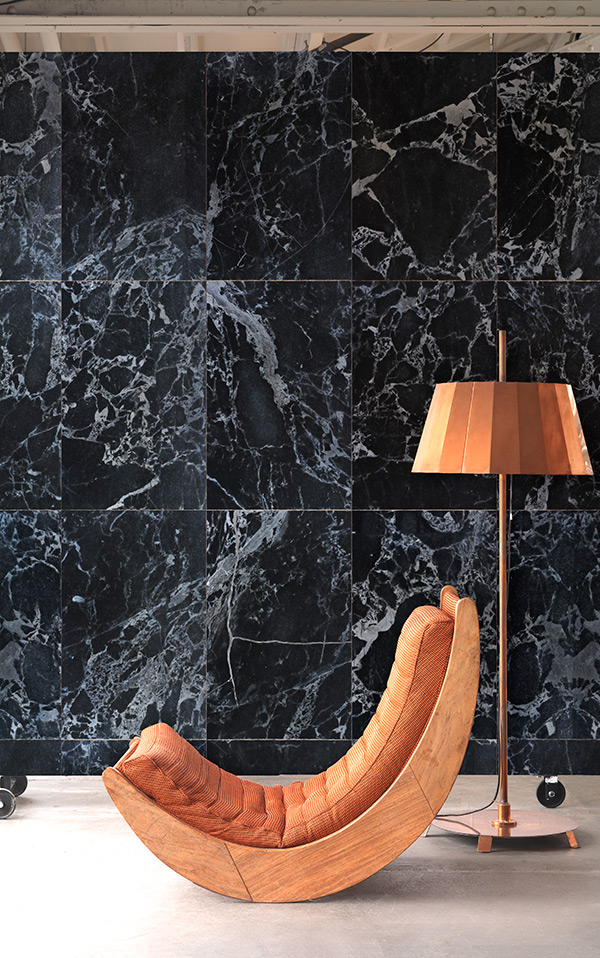 MATERIALS WALLPAPER by Piet Hein Eek BLACK MARBLE WALLPAPER / PHM-51A