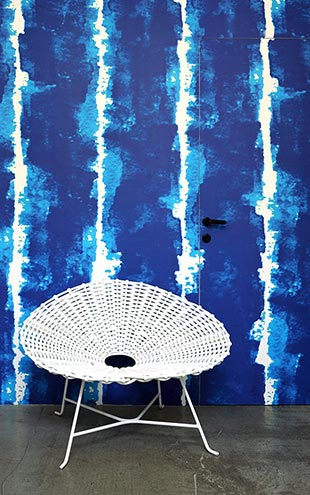 ADDICTION WALLPAPER BY PAOLA NAVONE / PNO-05