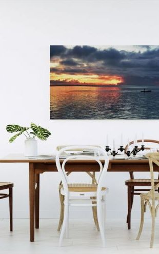 【Canvas Print】PHOTOWALL / Sun is Setting With The Sea and Him (e24744)