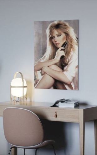 【Canvas Print】PHOTOWALL / Tanya Roberts in 007 a View to a Kill (e314852)