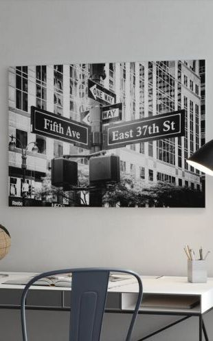 【Canvas Print】PHOTOWALL / Black Manhattan - Fifth Avenue Sign (e328641)