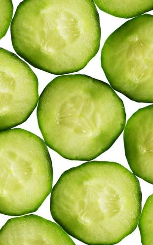 PHOTOWALL / Slices of Cucumber (e19243)