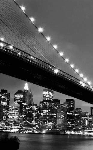 PHOTOWALL / Brooklyn Bridge at Night - b/w (e9040)
