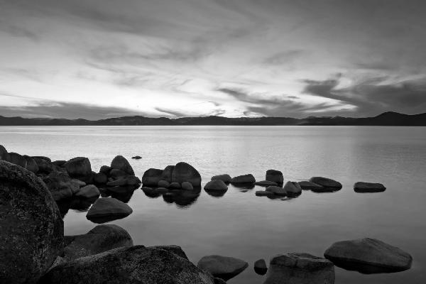 PHOTOWALL / Lake Tahoe - b/w (e10083)