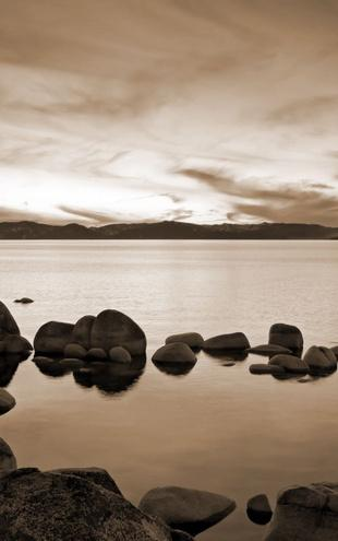 PHOTOWALL / Lake Tahoe - Sepia (e10084)