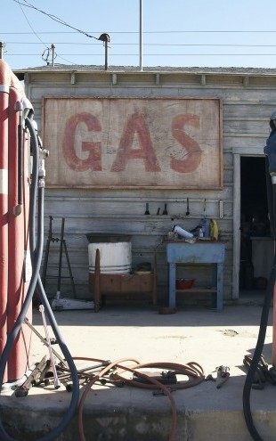 PHOTOWALL / Retro Gas Pumps (e21318)
