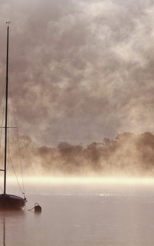 PHOTOWALL / Misty Boatride (e22559)