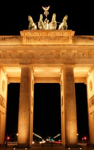PHOTOWALL / Brandenburg Gate at Night (e22808)