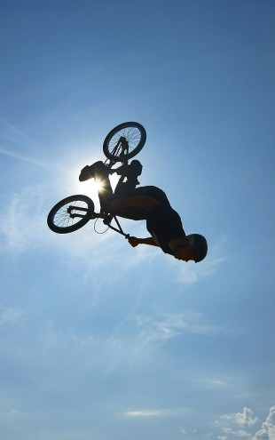 PHOTOWALL / BMX Backflip (e23205)