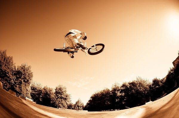 PHOTOWALL / High BMX Jump (e23208)