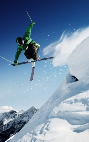 PHOTOWALL / Jumping Skier (e40137)