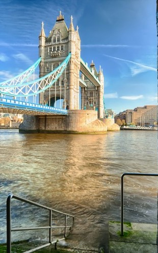PHOTOWALL / Alternative View on Tower Bridge (e40166)