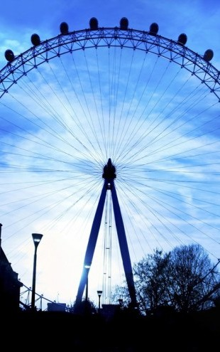 PHOTOWALL / London Eye at Night (e24485)