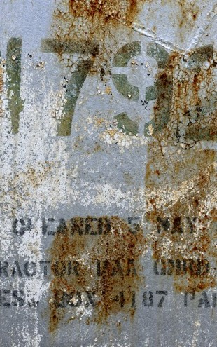 PHOTOWALL / Old Derelict Oil Tank (e40152)