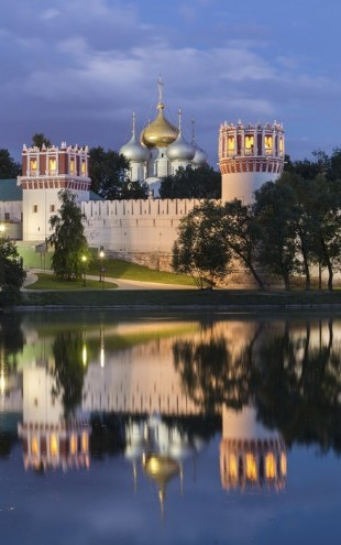 PHOTOWALL / Novodevichy Convent at Moscow (e40373)