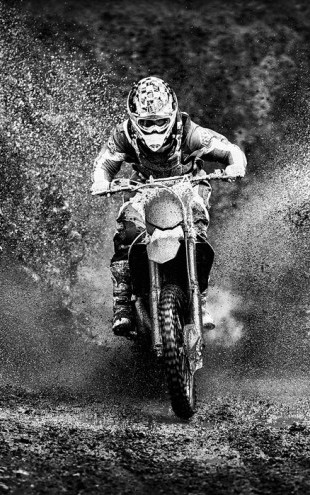PHOTOWALL / Spray Mud Motorcycle (e30611)