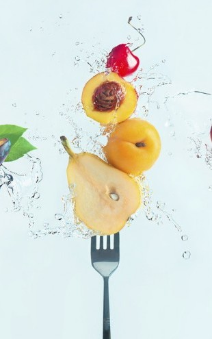PHOTOWALL / Making Fruit Salad (e30986)