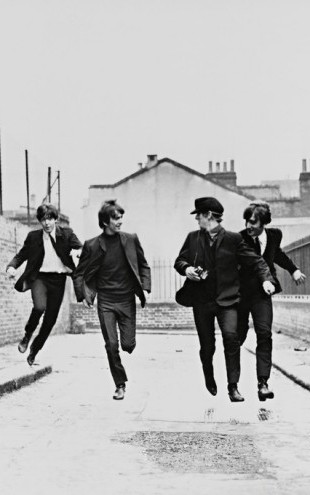 PHOTOWALL / Beatles in a Hard Days Night (e314714)