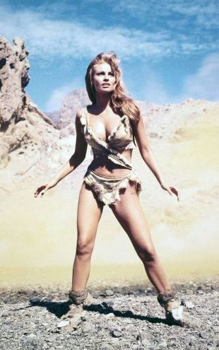 PHOTOWALL / Raquel Welch in One Million Years B. C. (e314775)